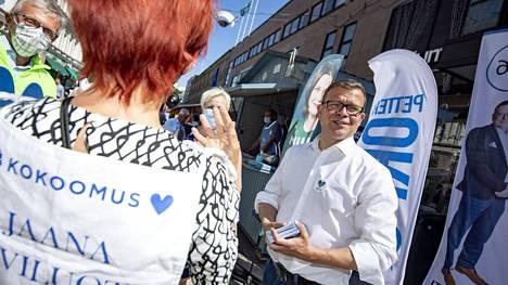 Petteri Orpo kuntavaalien aikaan.
