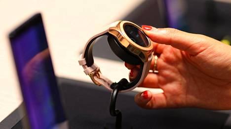 Samsung julkisti alkusyksystä älykellon, johon saa puhelinliittymän.