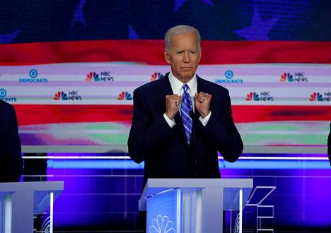 Joe Biden elehti demokraattipuolueen presidenttiehdokkaiksi pyrkineiden ensimmäisessä esivaaliväittelyssä Miamissa kesäkuussa 2019.
