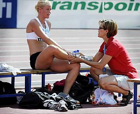 Salla Rinteen oikea akillesjänne kipeytyi, eikä kilpaileminen ollut enää mahdollista.