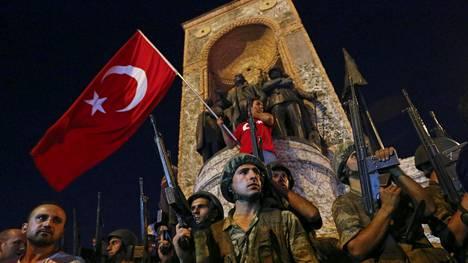 Turkissa on meneillään vallankaappaus.
