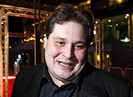 Jethro Rostedt synnytti autokaupoillaan kohun.