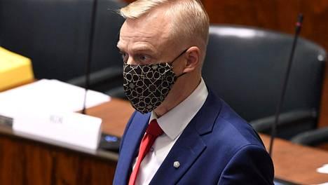 Kokoomuksen kansanedustaja Timo Heinonen ei hyväksy satelliittiseurantaan perustuvaa autoilun verotusmallia.