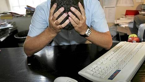 Jos stressi ei pysy hallinnassa, se voi altistaa sydän- ja verisuonisairauksille ja masennukselle.
