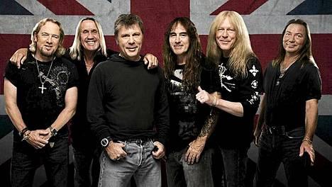 Iron Maiden eli Adrian Smith (vas.), Nicko McBrain, Bruce Dickinson, Steve Harris, Janick Gers ja Dave Murray soittavat Suomessa 8. heinäkuuta.