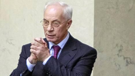Pääministeri Mykola Azarovin hallitus sai luottamuslauseen Ukrainan parlamentilta.