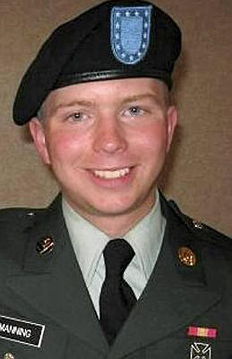 Bradley Manningia epäillään useista Wikileaks-vuodosta.
