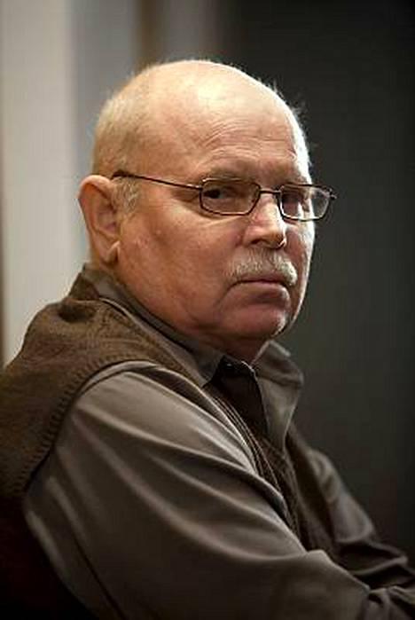 Ere Kokkonen tunnetaan muun muassa Uuno Turhapuro -elokuvien ohjaajana.