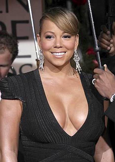 Mariah Carey kaula-aukko olisi voinut olla soveliaampi.