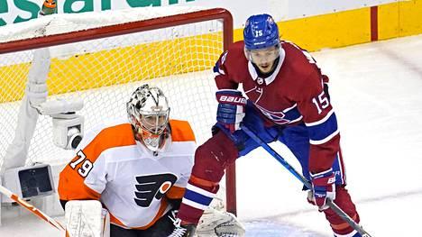 Jesperi Kotkaniemi edustaa NHL:ssä Montreal Canadiensia.