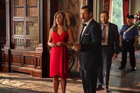 Murhamysteerissä Adam Sandlerin rinnalla nähdään Jennifer Aniston.