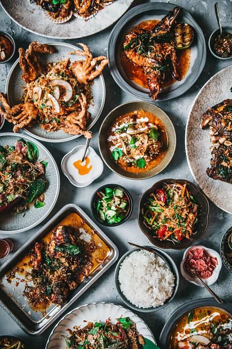 Puuhiiligrilli tuo ruokiin thai-makuja. Tulinen, hapan, suolainen ja makea ovat makumaailman peruspilarit.