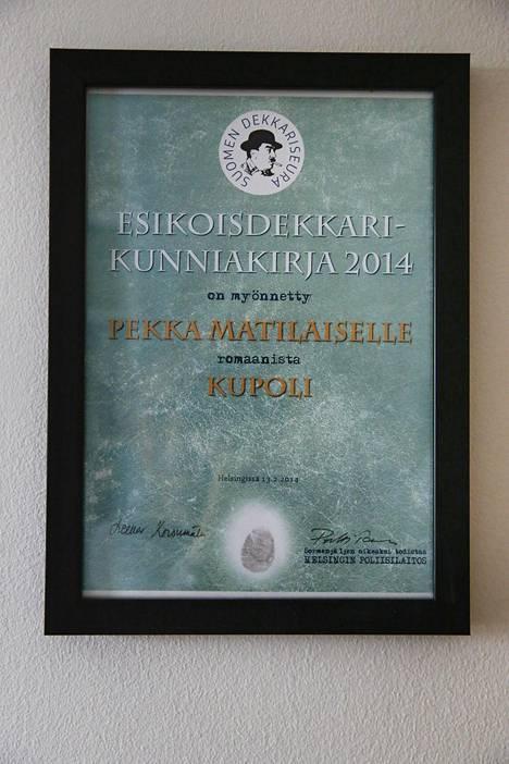 Matilainen sai kunniakirjan esikoisdekkaristaan vuonna 2014.
