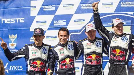 Sebastien Ogier (vas.) ja Jari-Matti Latvala (oik.) löysivät uudet tallit itselleen, kun Volkswagen päätti yllättäen vetäytyä rallin MM-sarjasta.