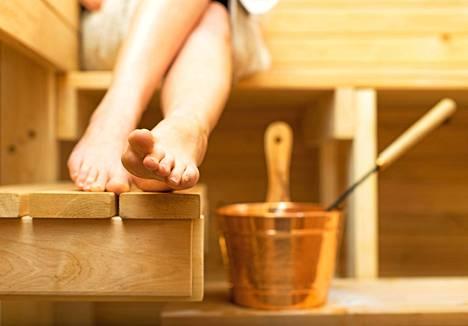 Moni lukija kertoo naapurin häirinneen tavalla tai toisella rentouttavaa saunavuoroa.