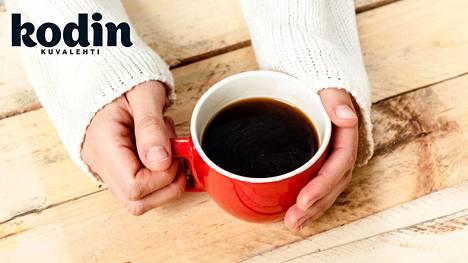 Pikaiset päiväunet ovat aivotutkijan mielestä kahvia parempi lääke päiväväsähdykseen.