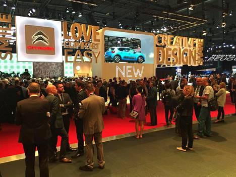 Pariisin autonäyttely avautui eilen lehdistölle. Huomenna suuri yleisö pääsee tutustumaan uutuuksiin.