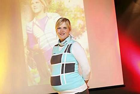 Minea Blomqvist on esikoispojan äiti.