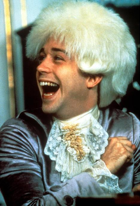 Hulce näytteli pääroolia elokuvassa Amadeus.