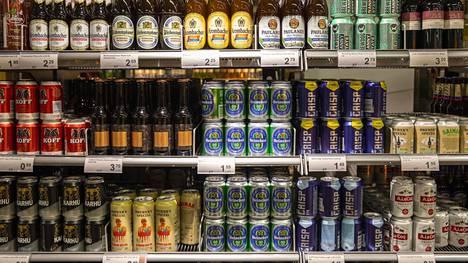 Asiantuntijaraati maisteli 10 alkoholitonta olutta.