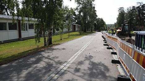 Oulunkylän ala-aste sijaitsee Raide-Jokerin työmaan vieressä, jossa onnettomuus tapahtui.