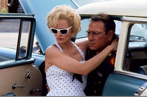 Jessica Lange ja Tommy Lee Jones 1950-luvun tunnelmissa.
