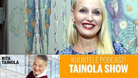"""""""En ole mitenkään höynähtänyt, vaan kaikessa mitä teen, on rakkaus mukana"""", kirjailija Laura Paloheimo sanoo Tainola Show -podcastissa."""