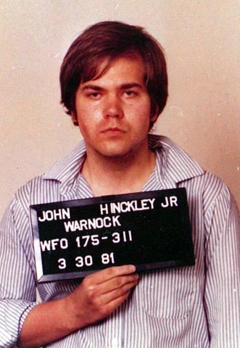John Hinckley pidätyskuvassa vuonna 1981.