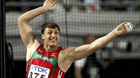 Ivan Tsikhan Osakan MM-kisoissa vuonna 2007.
