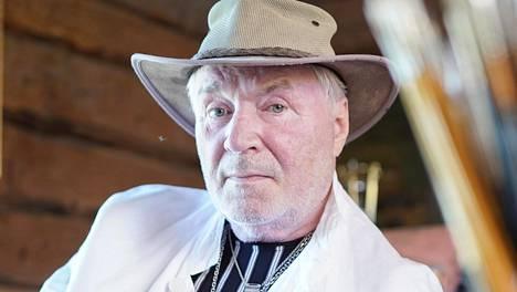 Juhani Palmu, 76, joutui jo elämänsä toiseen tulipalo-onnettomuuteen.