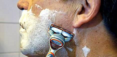 Partavaahto pehmentää ihon ennen ajamista.