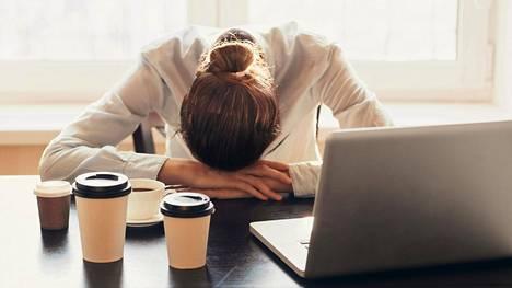 Työuupumus tuntuu olevan joillakin aloilla jo enemmän sääntö kuin poikkeus.