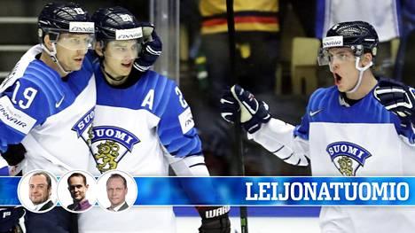 Suomi on aloittanut MM-kisat kahdella murskavoitolla.