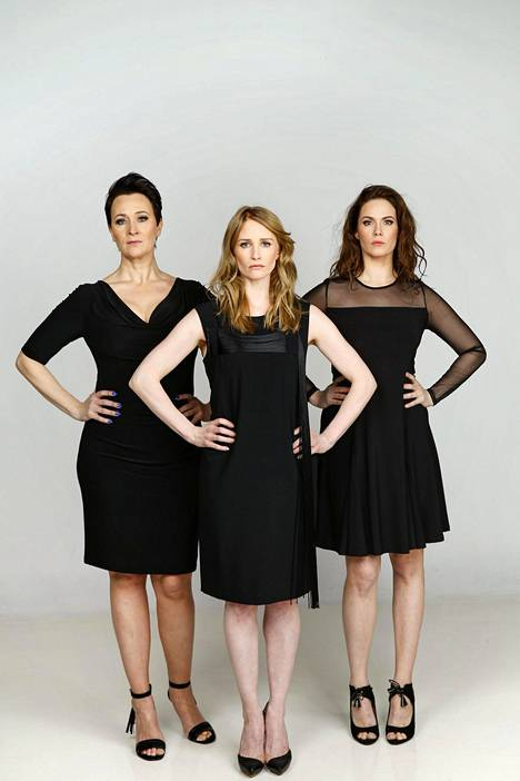 Johanna (Wanda Dubiel), Kirsi (Malla Malmivaara) ja Veera (Pihla Viitala).