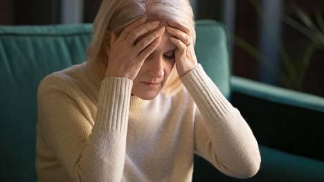 Alzheimerin tauti on vähitellen etenevä, hermostoa rappeuttava sairaus. Se alkaa kehittyä jo vuosikymmeniä ennen taudin viimeistä, dementoivaa vaihetta.