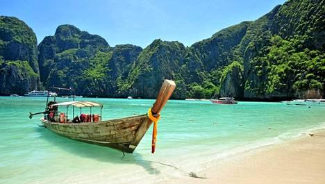Thaimaan turkoosia merta pääsee ihastelemaan Phuketiin.