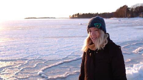 Suomeen au pairina päätynyt lastenhoitaja antaa 4 ohjetta suomalaisille perheille – yksi asia pöytätavoissa ihmetyttää brittiä