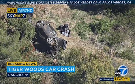 Tiger Woodsin auto tuhoutui Palos Verdesin alueella Kaliforniassa.