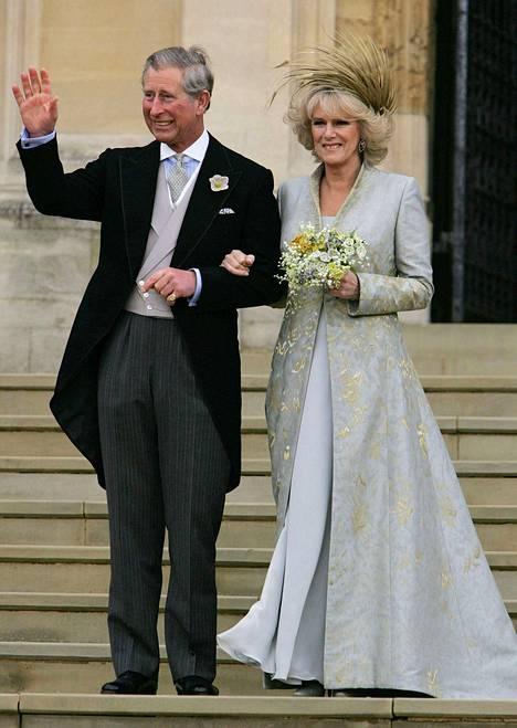 Prinssi Charles ja Camilla avioituivat huhtikuussa 2005. Kuva parin hääpäivältä.