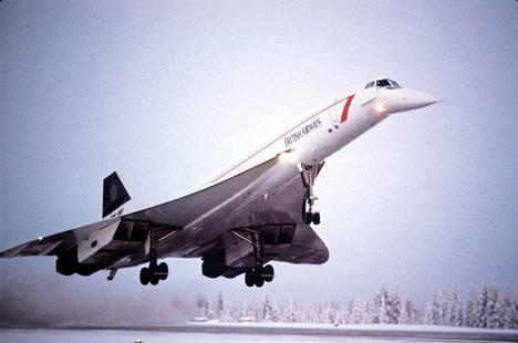 Concorde tuo matkustajia Rovaniemelle vuonna 1985.