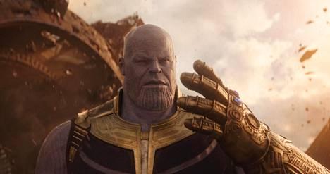 Josh Brolin näyttelee Thanosta, jonka pahuus saa jopa ymmärrettäviä piirteitä.