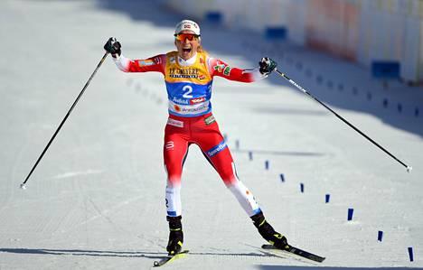 Therese Johaug on voittanut maastohiihdossa muun muassa kymmenen MM-kultamitalia.