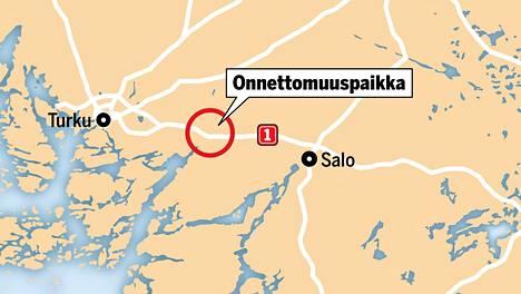 Yksi ihminen menehtyi ulosajossa moottoritiellä Paimion kohdalla keskiviikon ja torstain välisenä yönä.