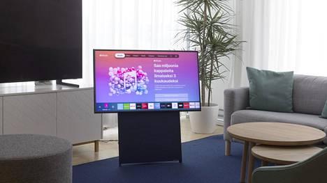 Suomalaiset ovat uusineet televisiokantaansa ahkerasti. Kuvassa Samsungin kääntyvänäyttöinen Sero-malli.
