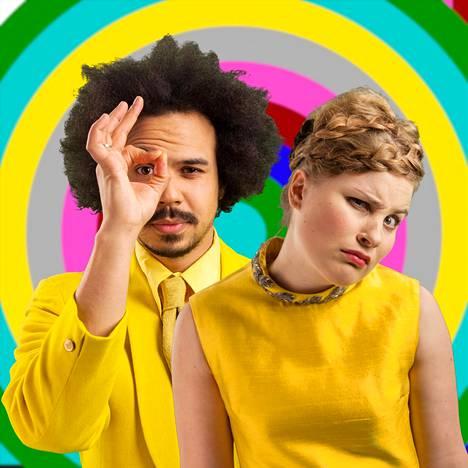 Ohjelman juontajat Sean Ricks ja Rosa Kettumäki.