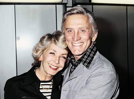 Anne Buydens ja Kirk Douglas menivät naimisiin vuonna 1954.