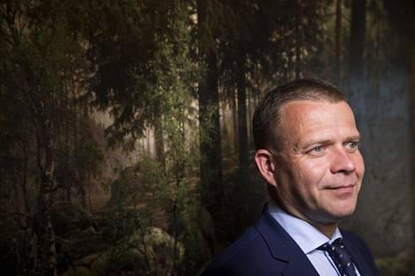 Ilmastokoalition puheenjohtajuus siirtyy Petteri Orpolta (kok) seuraavalle valtiovarainministerille.
