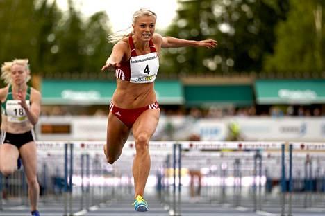 Lotta Harala voitti naisten 100 metrin aitojen Suomen mestaruuden yleisurheilun Kalevan Kisoissa Seinäjoella 22. heinäkuuta 2017.