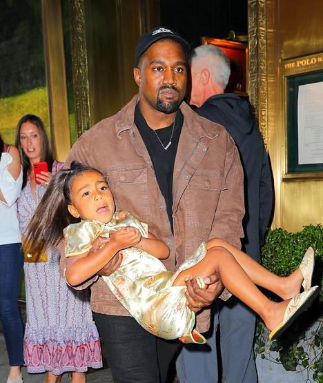 Kanye ei ollut tyytyväinen tyttärensä käytökseen.