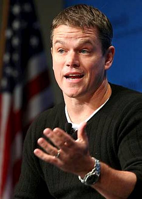Matt Damon inhoaa James Bondia.